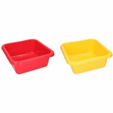 2x vierkante afwasteil rood en geel 15 liter