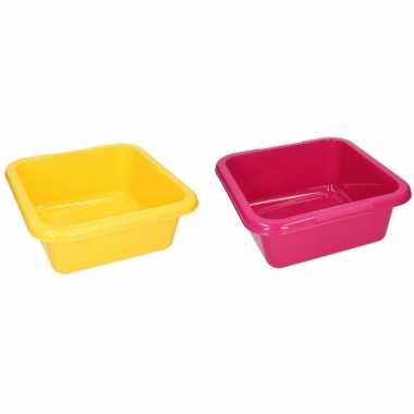 2x vierkante afwasteil roze en geel 15 liter